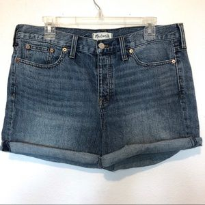 Madewell Cotton mid rise denim jean shorts size 31